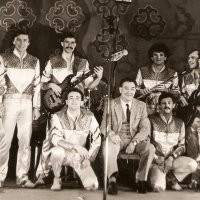 "Igor Granov's Synthy Troupe (""The Blue Guitars"") (1984)."